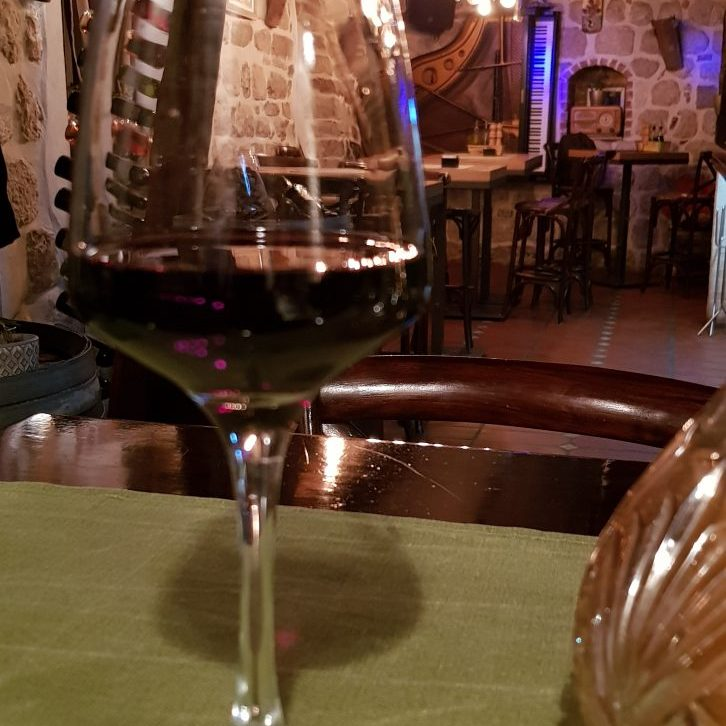Rotwein in Kotor