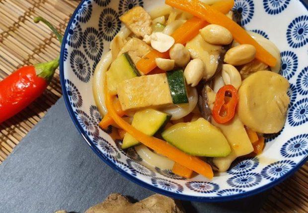 Rezept Udon Nudeln mit Teriyaki Soße und Gemüse